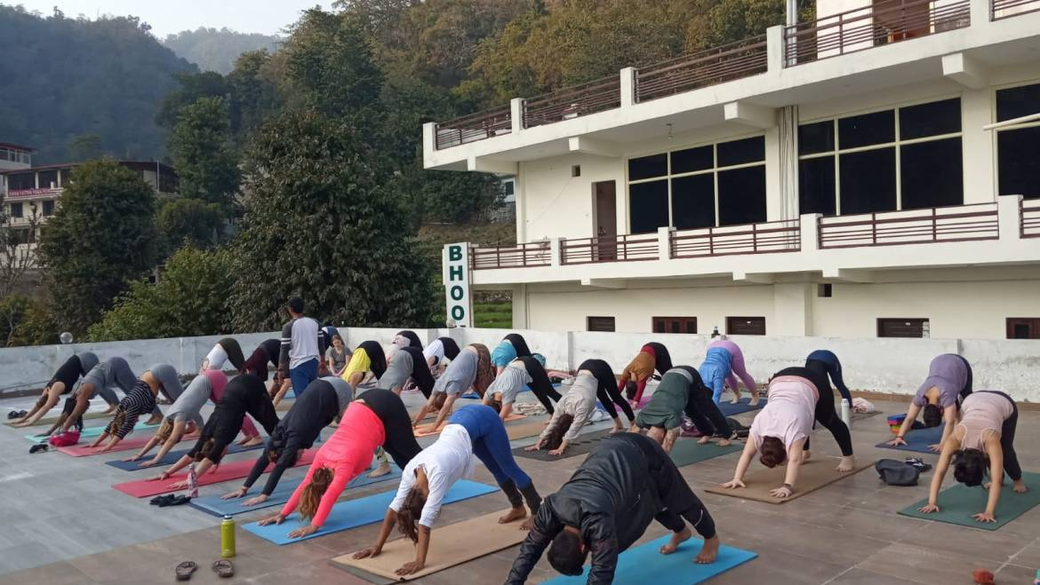 100 Hour Yoga Teacher Training Rishikesh